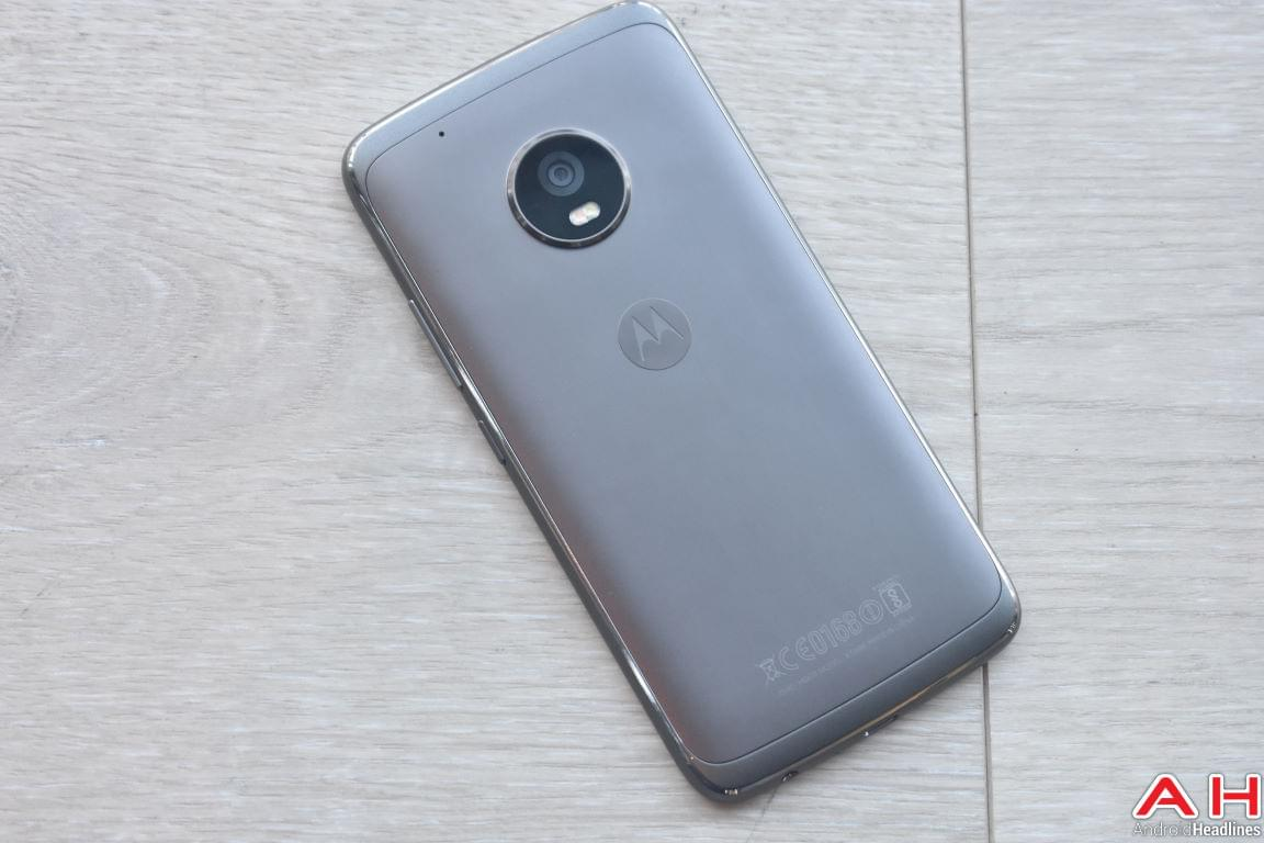 Moto G5 Plus Hands On AH 3