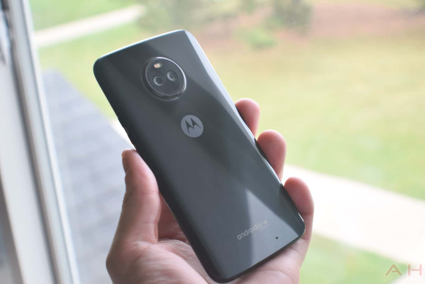 Moto X4 Android One AM AH 0180